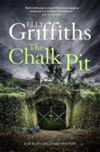 The chalk pit av Elly Griffiths