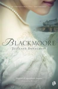 Blackmoore av Julianne Donaldson